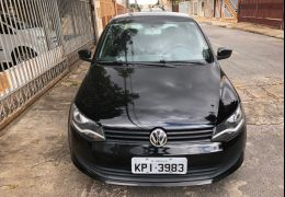 Volkswagen Voyage 1.6 VHT Trendline I-Motion (Flex)