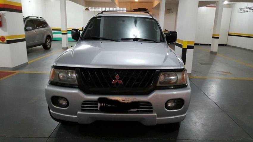 Mitsubishi Pajero Sport GLS 4x2 3.0 V6 (aut) - Foto #4