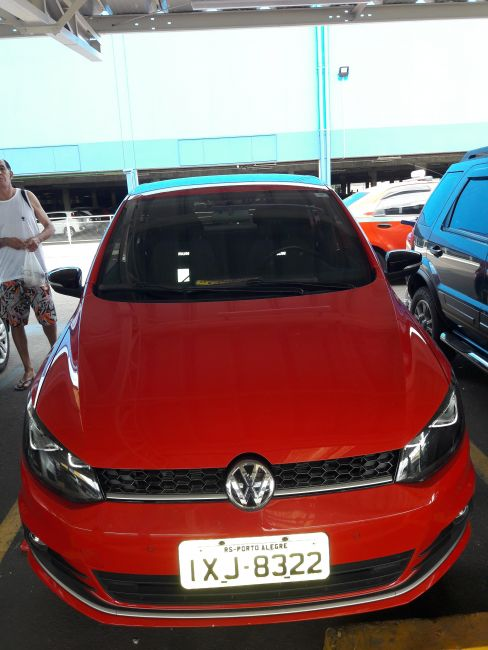 Volkswagen Fox Run 1.6 MSI (Flex) - Foto #1