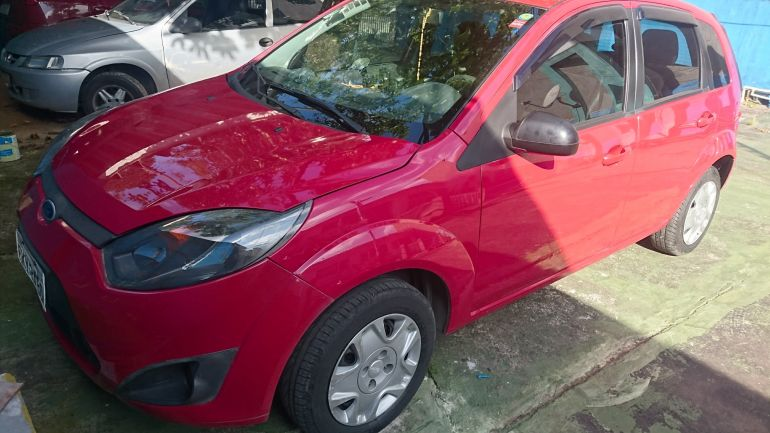 Ford Fiesta Hatch Rocam 1.0 (Flex) - Foto #1
