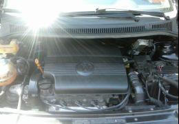 Volkswagen Fox City 1.0 8V 4p (Flex)