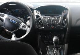 Ford Focus Sedan S 2.0 16V PowerShift (Aut)
