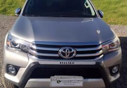 Toyota Hilux SR5 4x4 2.8 Turbo (cab. dupla)