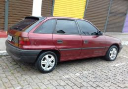 Chevrolet Astra Hatch GLS 2.0