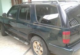 Chevrolet Blazer DLX Executive 4x2 4.3 SFi V6