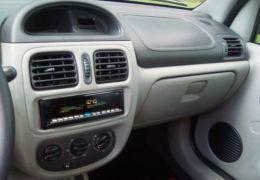Renault Clio Sedan 1.6 16V Alize