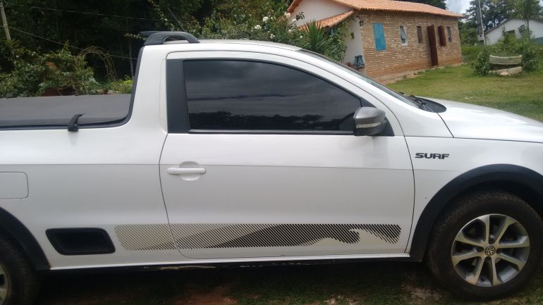 Volkswagen Saveiro 1.6 Surf CS (Flex) - Foto #3