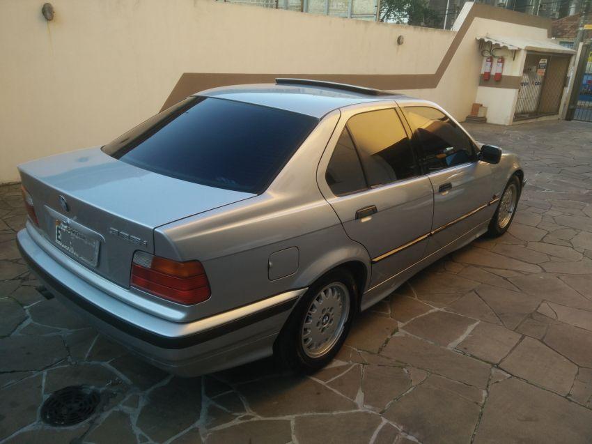 BMW 325ia 2.5 24V - Foto #6