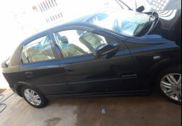 Chevrolet Astra Hatch Elegance 2.0 (Flex) 4p
