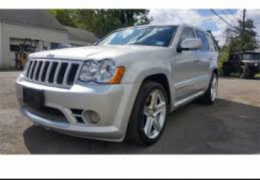 Jeep Grand Cherokee SRT8 6.1 V8 Hemi