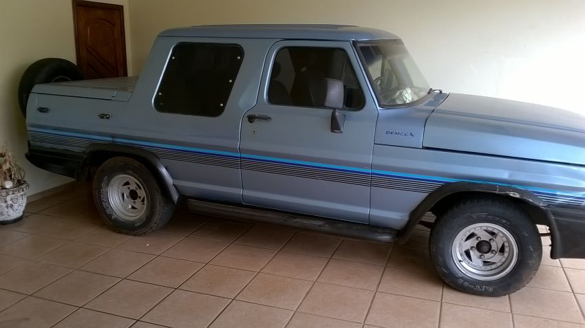 Ford F1000 Demec 3.9 (Cabine Dupla) - Foto #1