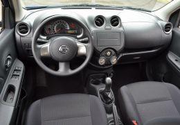 Nissan March 1.0 16V Conforto (Flex)