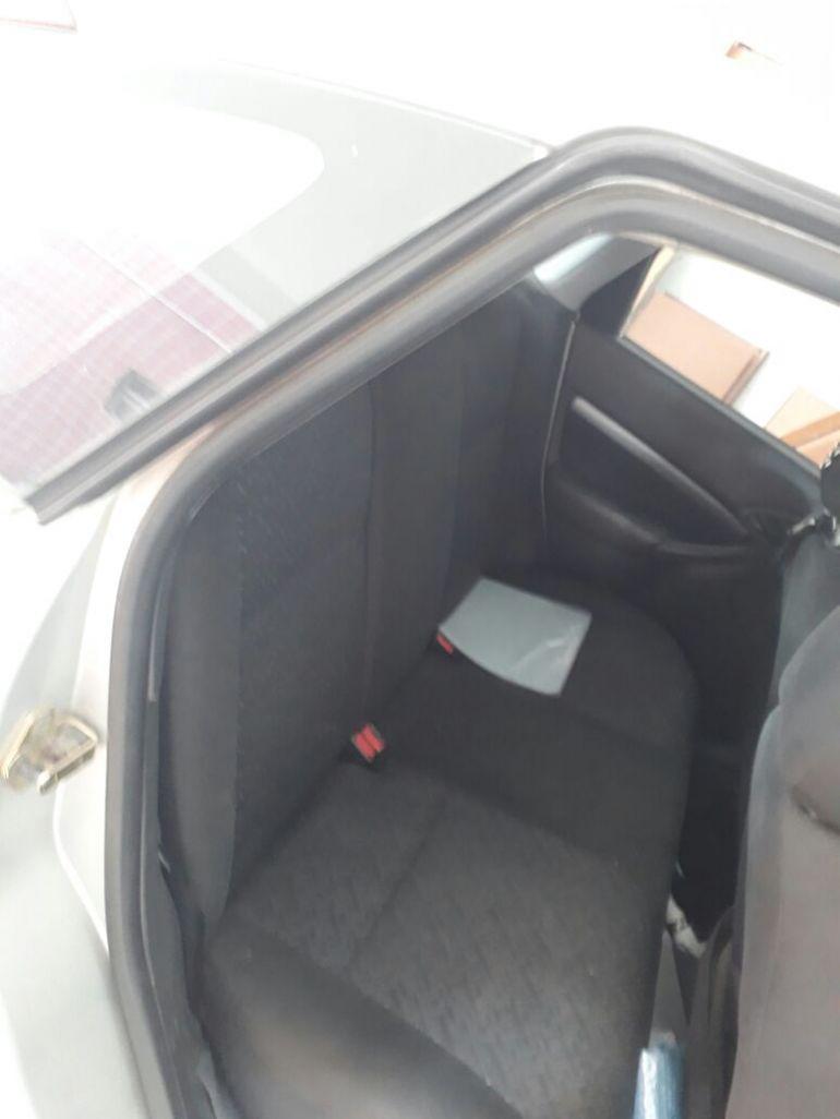 Ford Focus Hatch GLX 2.0 16V - Foto #1
