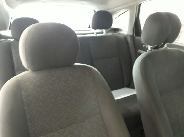 Ford Focus Hatch GLX 2.0 16V - Foto #3