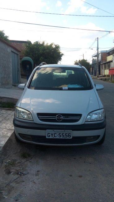 Chevrolet Zafira CD 2.0 8V - Foto #1