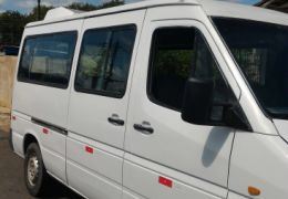 Mercedes-Benz Sprinter 310 2.5 Van (15 lug.)