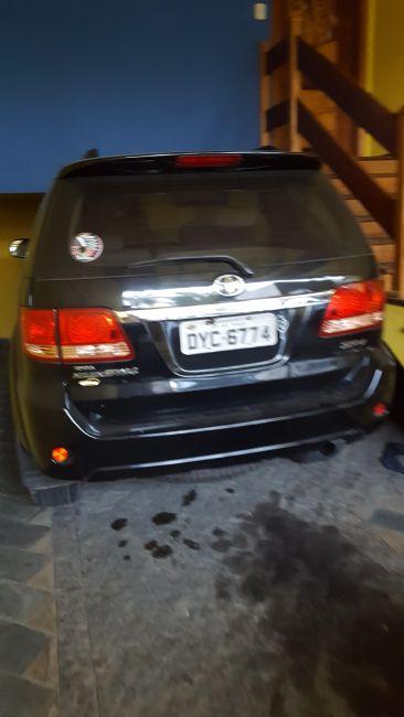 Toyota Hilux SW4 3.0 TDI 4x4 SRV 5L (Aut) - Foto #10