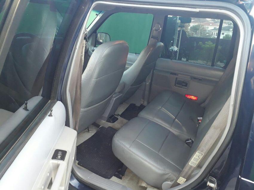 Ford Explorer XLT 4x4 4.0 V6 - Foto #4