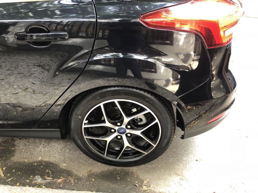 Ford Focus Hatch Titanium 2.0 16V (Aut) - Foto #6