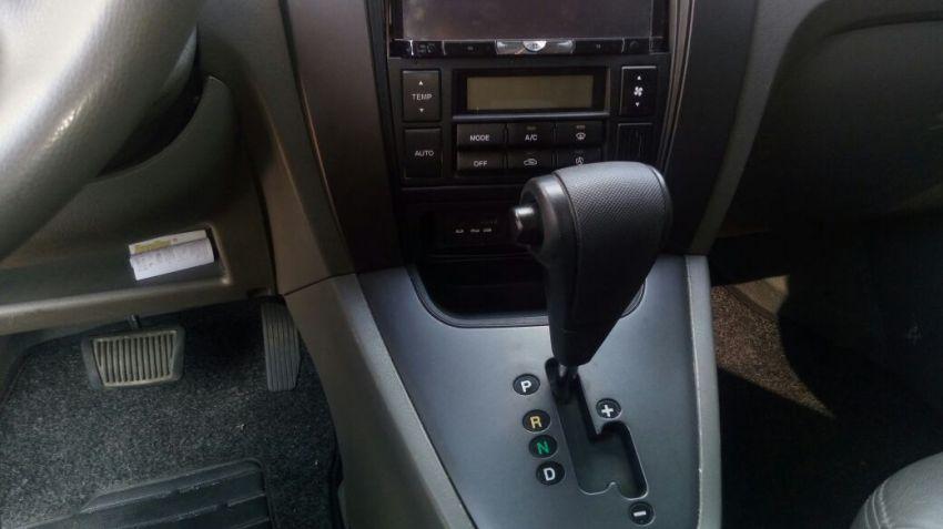 Hyundai Tucson GL 2.0 16V (aut) - Foto #4
