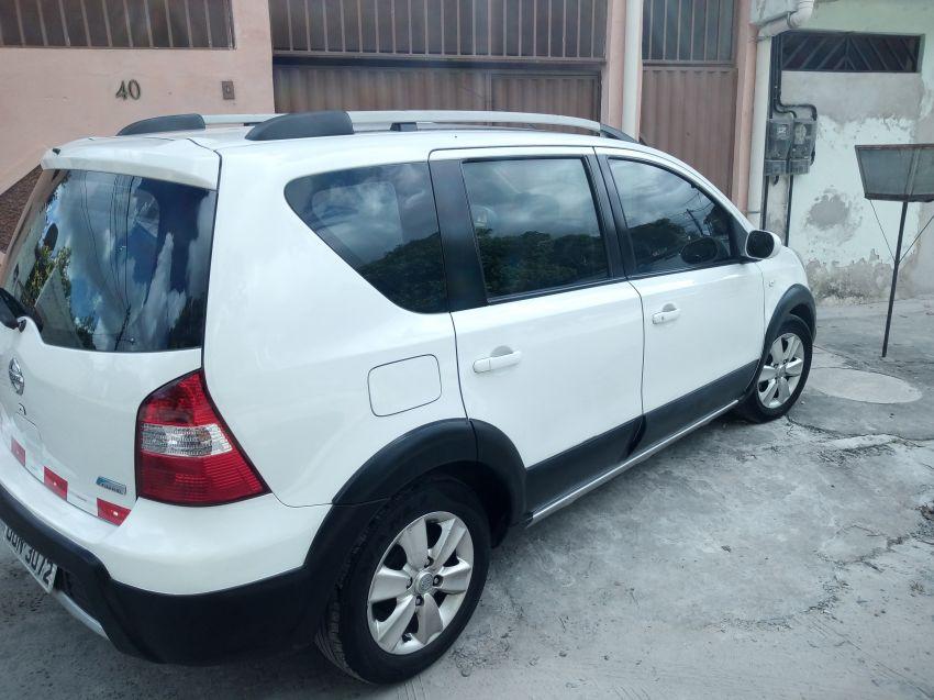 Nissan Livina 1.8 16V (flex) (aut) - Foto #4