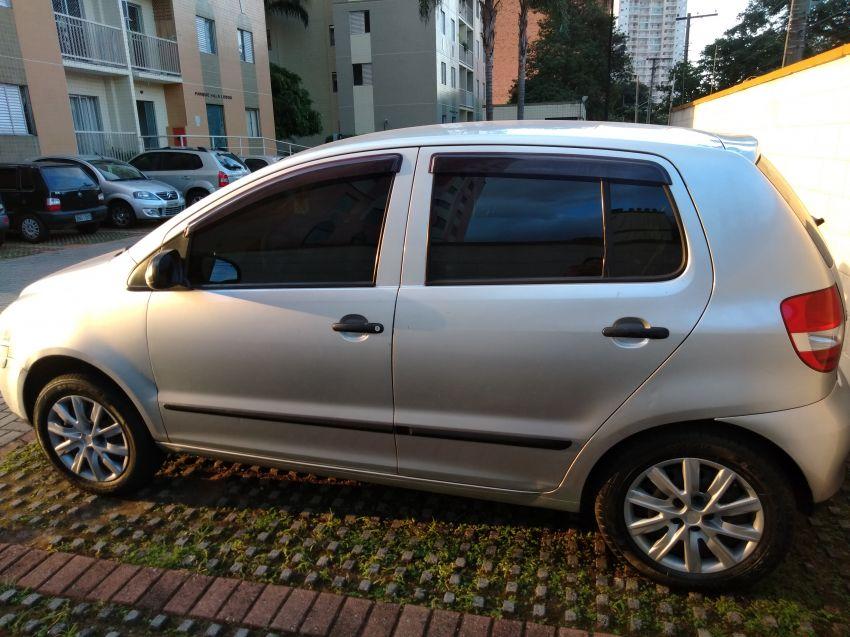 Volkswagen Fox Plus 1.6 8V (Flex) 4p - Foto #1