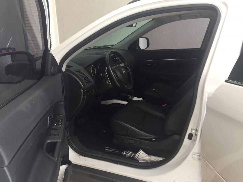 Mitsubishi ASX 2.0 16V S CVT 4WD - Foto #3