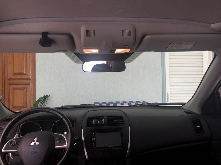 Mitsubishi ASX 2.0 16V S CVT 4WD - Foto #4
