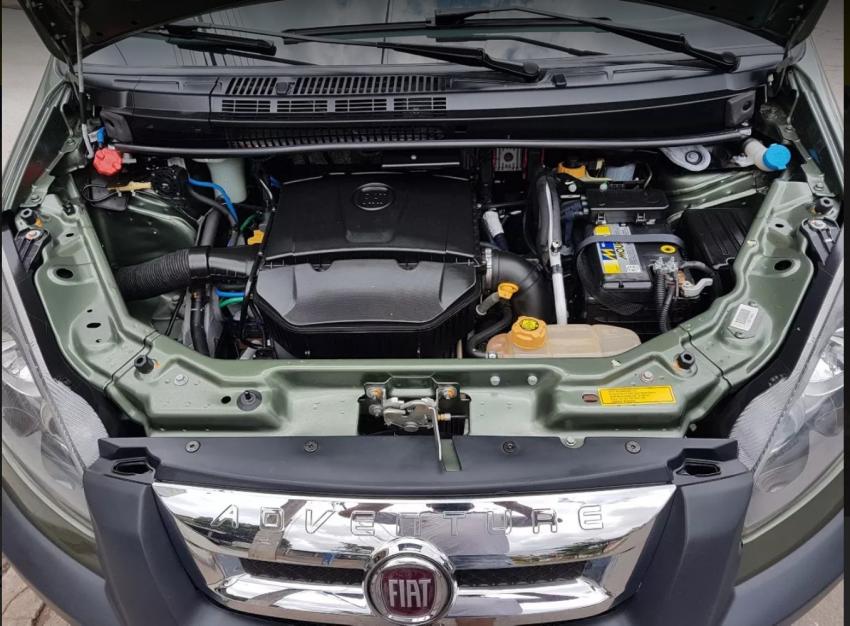 Fiat Idea Adventure 1.8 16V Dualogic (Flex) - Foto #2