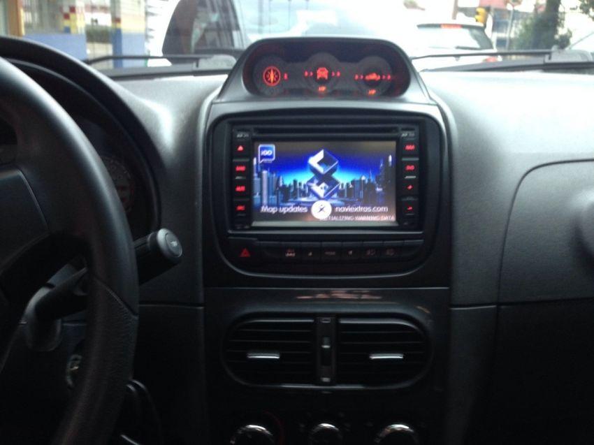 Fiat Idea Adventure 1.8 16V Dualogic (Flex) - Foto #7