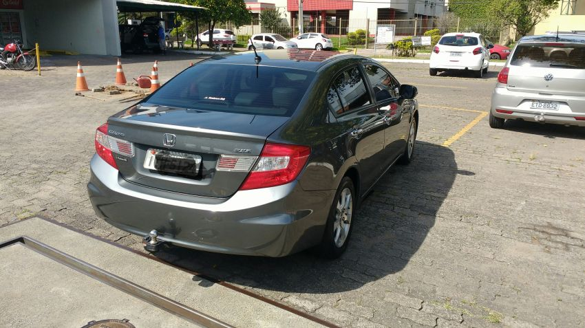 Honda New Civic EXS 1.8 (aut) (flex) - Foto #10