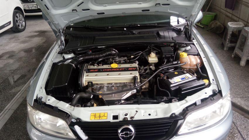 Chevrolet Vectra CD 2.2 MPFi 16V (Aut) - Foto #8