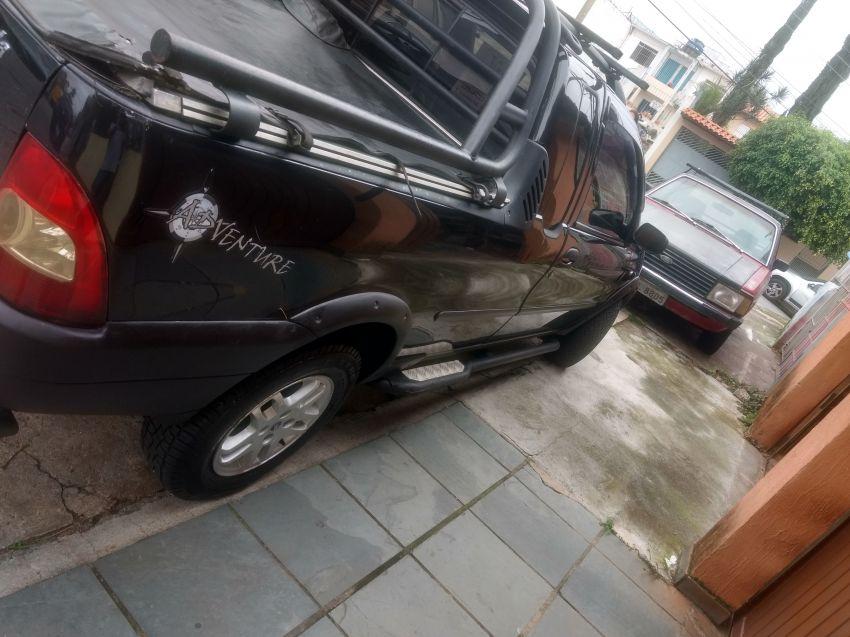 Fiat Strada Adventure 1.6 16V (Cabine Estendida) - Foto #6