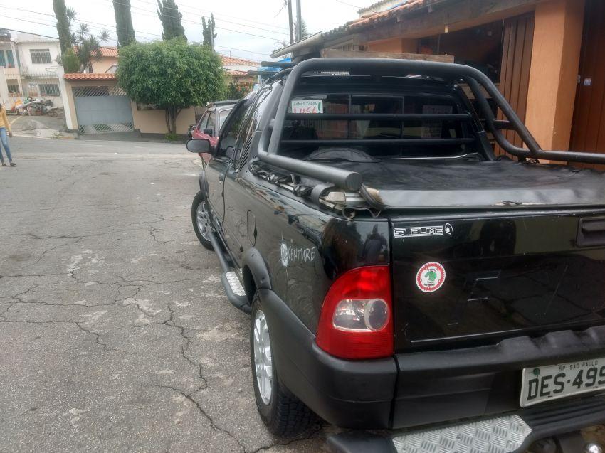 Fiat Strada Adventure 1.6 16V (Cabine Estendida) - Foto #7