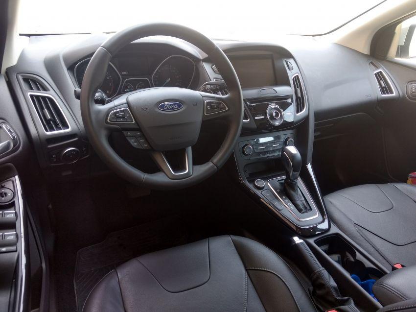 Ford Focus Fastback Titanium Plus 2.0 PowerShift - Foto #9