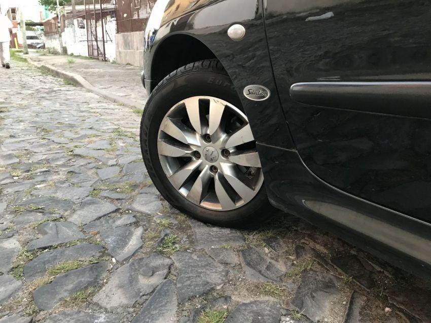 Peugeot 206 Hatch. Selection 1.0 16V 2p - Foto #6