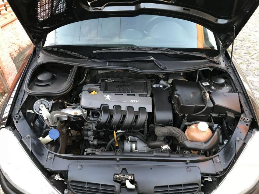 Peugeot 206 Hatch. Selection 1.0 16V 2p - Foto #7