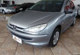 Peugeot 206 Hatch. Selection Pack 1.6 16V