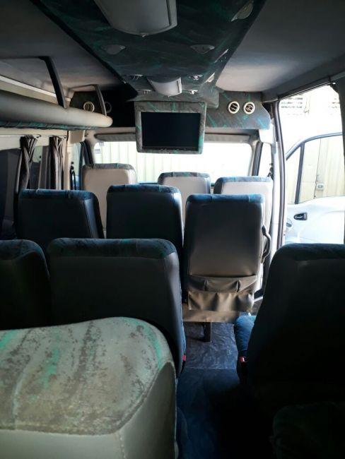 Renault Master L3H2 Minibus 2.5 16V - Foto #4
