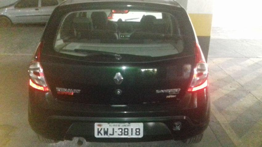 Renault Sandero Authentique 1.6 8V Hi-Torque (flex) - Foto #3