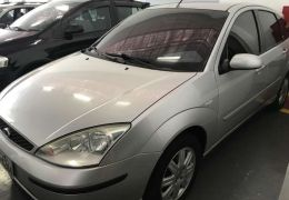 Ford Focus Hatch Ghia 2.0 16V (Flex)
