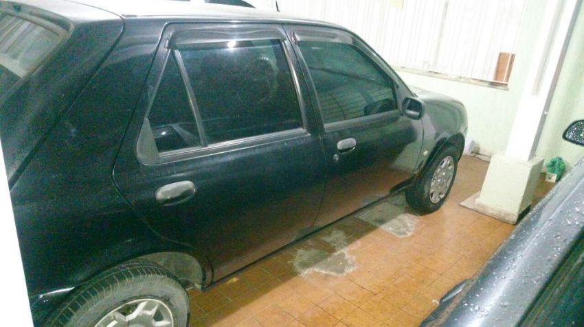 Ford Fiesta Hatch Street 1.0 8V - Foto #3