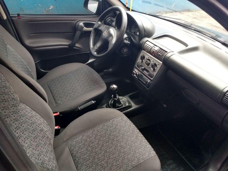 Chevrolet Corsa Sedan Classic Life 1.0 (Flex) - Foto #3
