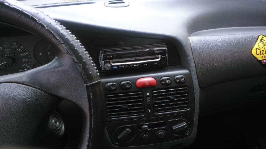 Fiat Palio Weekend ELX 1.6 MPi - Foto #10