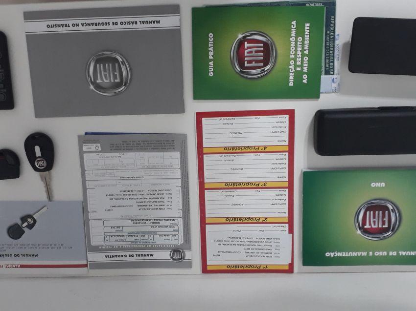 Fiat Uno Vivace 1.0 (Flex) 4p - Foto #1