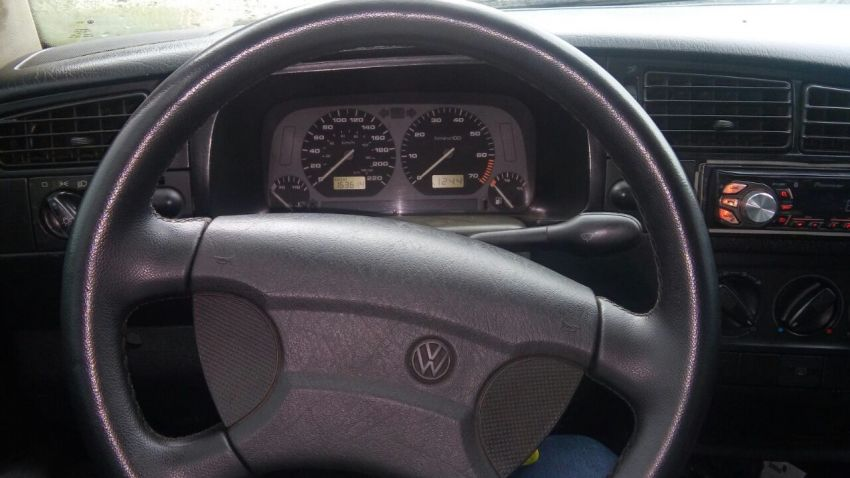 Volkswagen Golf GL 1.8 MI - Foto #7