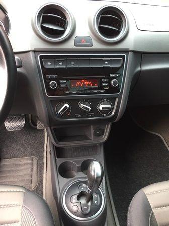 Volkswagen Voyage 1.6 MSI Comfortline I-Motion (Flex) - Foto #6