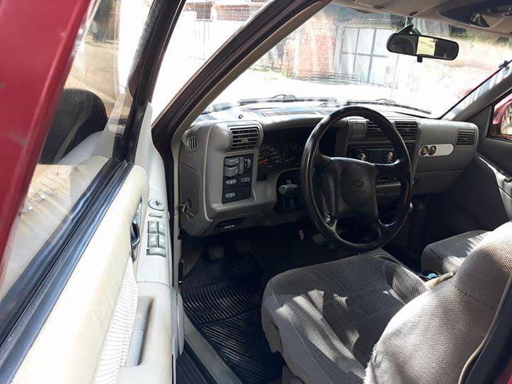 Chevrolet Blazer DLX 4x2 2.2 EFi - Foto #4