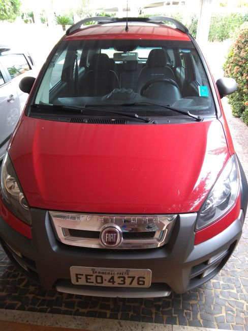 Fiat Idea Adventure 1.8 (Flex) - Foto #1
