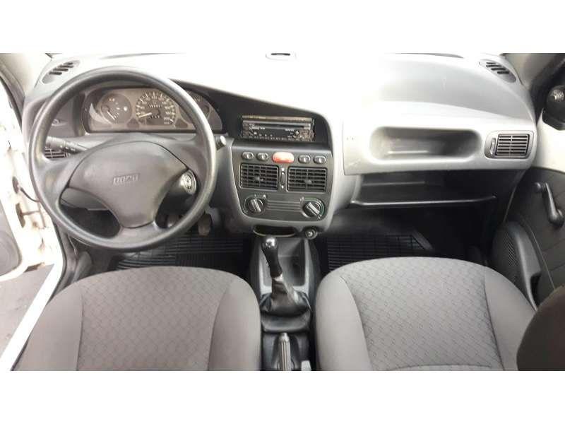 Fiat Palio 1.5 MPi 4p - Foto #7